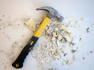 parrot-broken-hammer